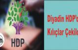 Diyadin HDP de Kılıçlar Çekildi