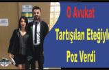 Türkiyenin  Tartışığı Etekle Poz Verdi