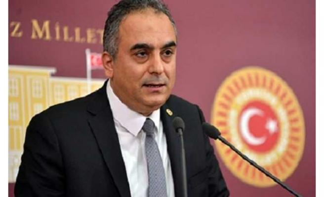 AKP'nin Ermeni Asıllı Milletvekili Markar Esayan Öldü