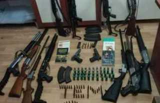 Ağrı da 11 PKKlı Yakalandı