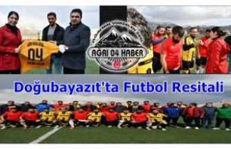 Doğubayazıt'ta Futbol Resitali